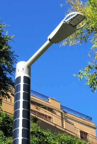 Soluxio sustainable solar light pole