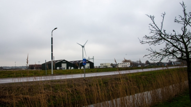 Soluxio solar light pole on Dutch countryside