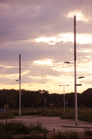 Soluxio hybrid solar light post with high-performance and high-quality components at sunset