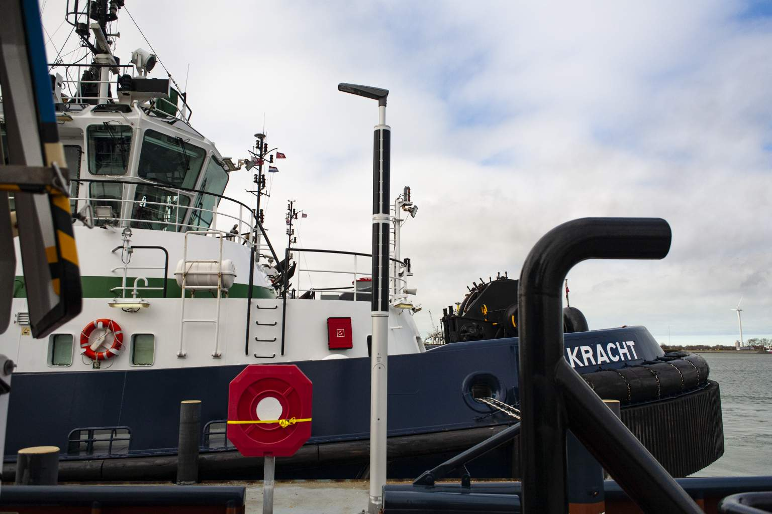 Solar industrial lighting with towing ship