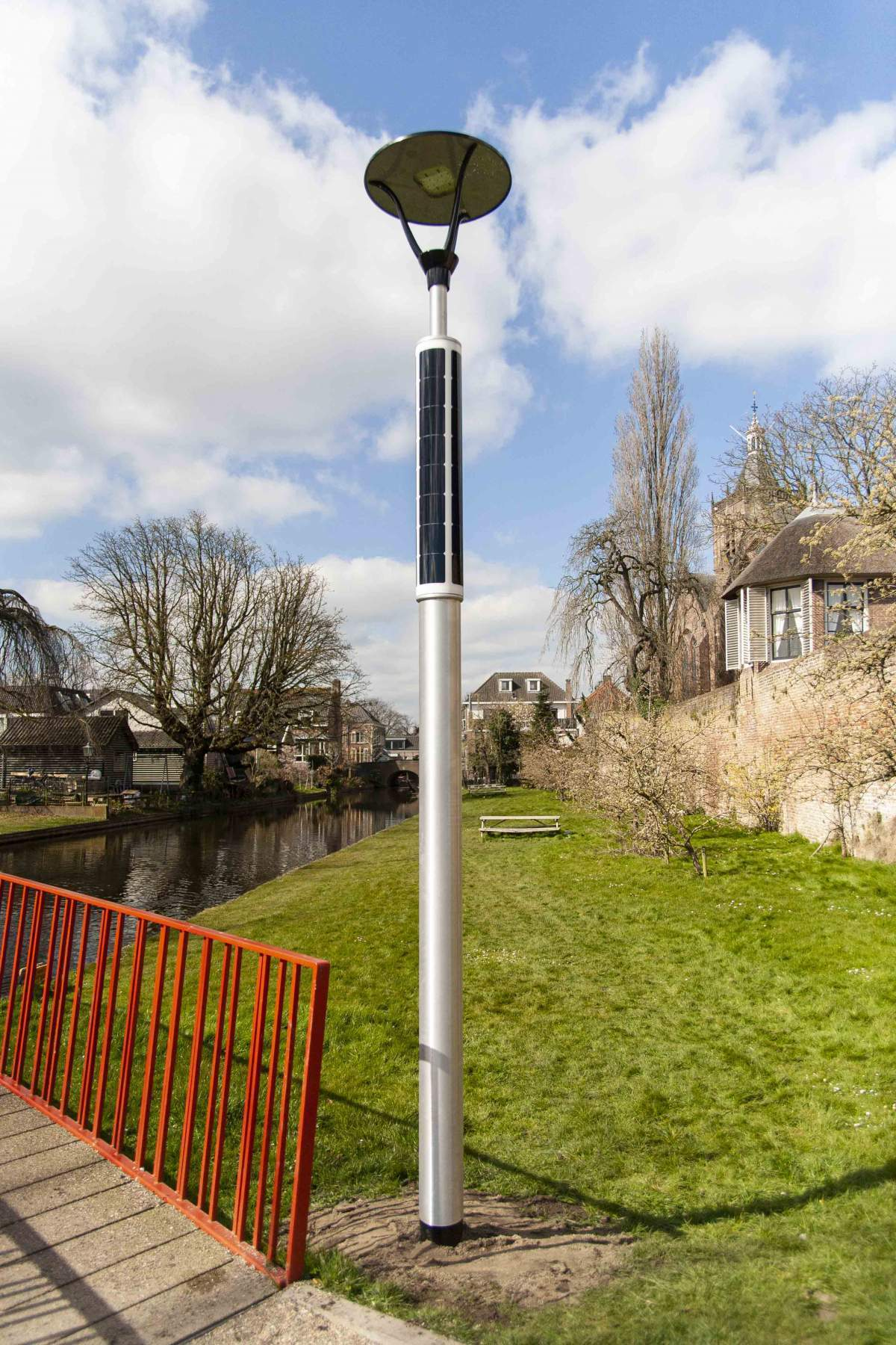 Soluxio solar light for pathway in the town of Vianen