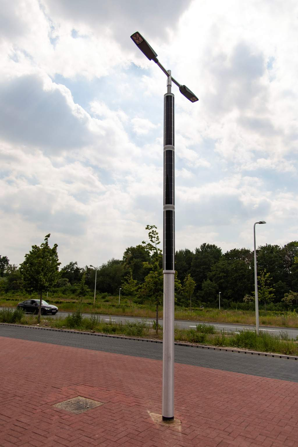 Solar lighting for public parking lot by Soluxio