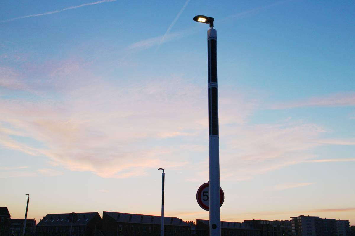 Eco-friendly solar lighting Soluxio at sunset in Katwijk