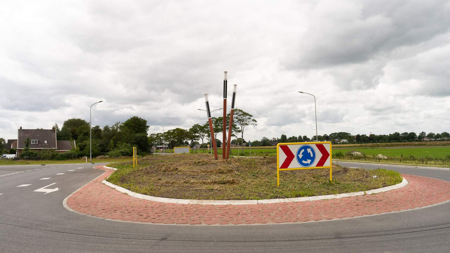 Roundabout in Holland with design solar lights Soluxio